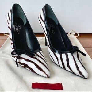 Valentino pony/calf hair stiletto zebra print 🦓👠